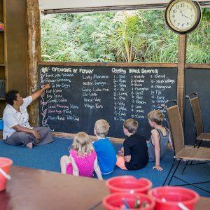 Malolo Kids Club Fijian lessons